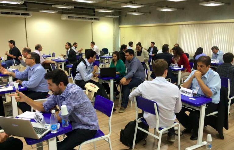 """DNA Financeiro realiza mentoria financeira na etapa de Sorocaba do concurso """"Acelera Startups""""."""